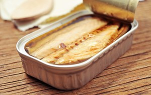 Tinned Mackerel 91583780 Web